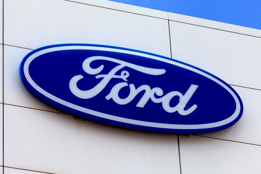 Top American Car Brands List with Logo - CarsKnowledge